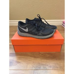 Nike Free Runs Black Reflective
